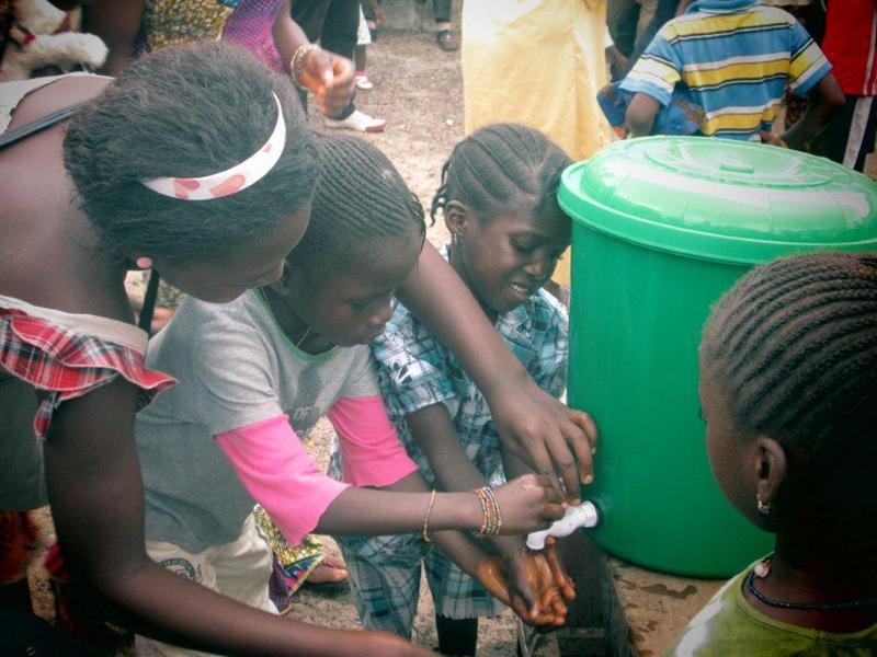Ebola Help Galerie