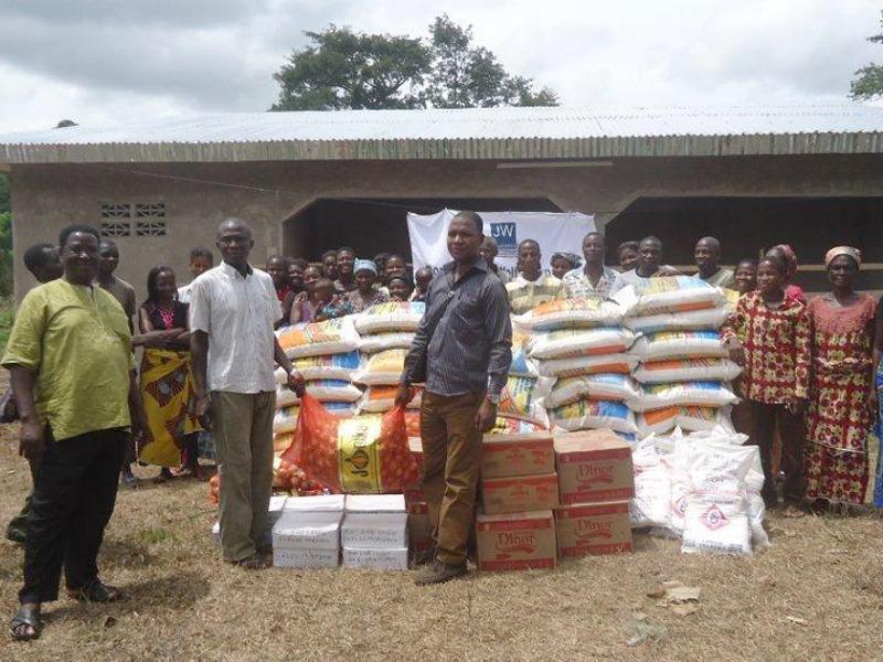 Hilfsgueterverteilung Elfenbeinkueste